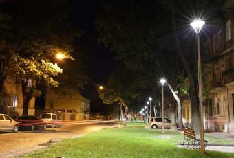Освітлення вулиці Костя Левицького